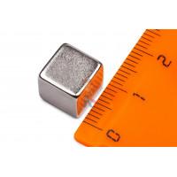 Магнитное крепление с отверстием В16 - Неодимовый магнит прямоугольник 10х10х10 мм