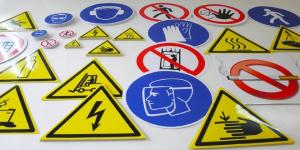 Знаки безопасности - фото